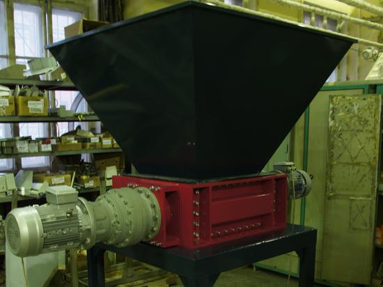 Двухвальный шредер 2.8.500 для измельчения полимерных отходов. г. Воркута